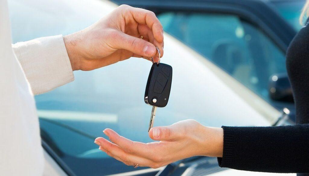 Как правильно купить новый авто в кредит в автосалоне